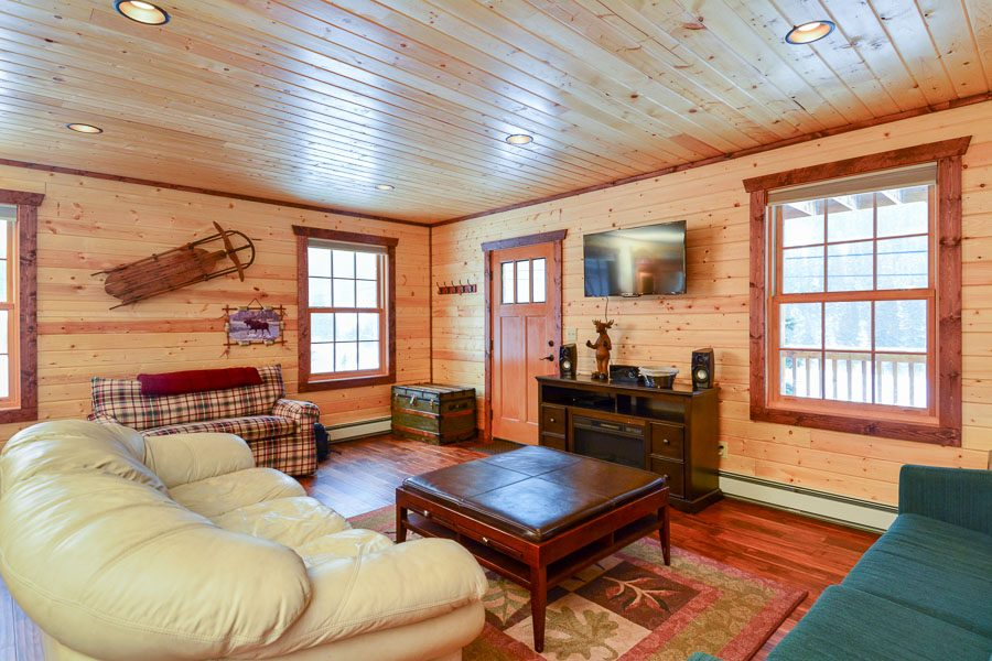 SLED HAUS – PRIVATE HOME