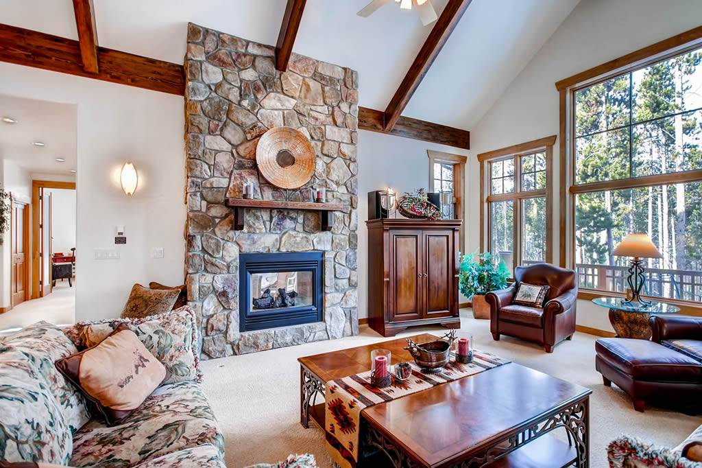 BLUE SPRUCE LODGE – Private Home